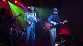 Johnny Trzy Palce - Cudowna wyspa (live 11.10.2014)