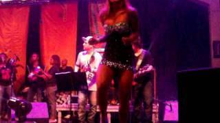 Lia Khey dançando muito!!