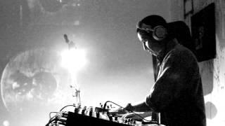 DJ VOODOO DOLL sesión para CCINEMEDIA RADIO