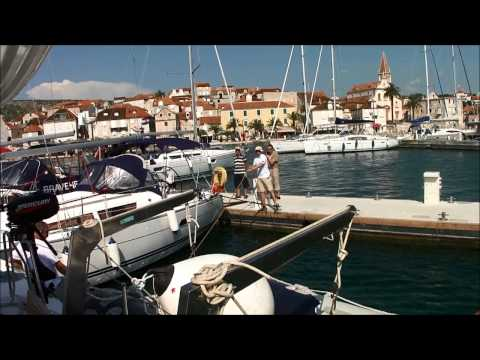 Živjeli! – A perfect Med Mooring in Milna, island Brac, Croatia