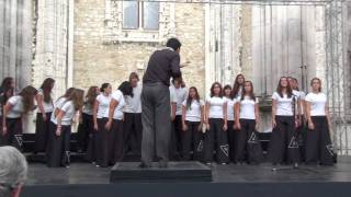 "Vox Laci Youth Choir ""Em Playback""   Carlos Paião arr. msc"
