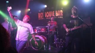 Green Velvet: Cover Maneras de vivir (Rosendo)