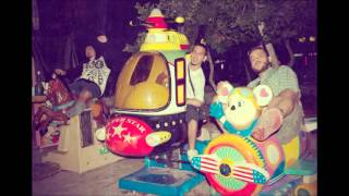 Fort Bravo & Tαφ Λάθος feat. Hatemost - Γύρισε τον κόσμο