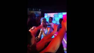 J Holiday - Suffocate (Live) @ Meche
