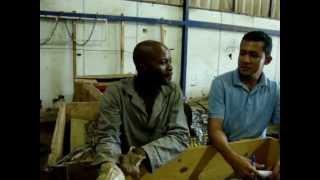 Jr Piripiri em Angola-entrevista Angolano.MPG