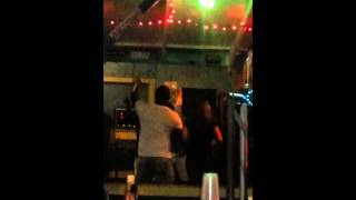 PATRON SINGING REGGAE AT ALFRED'S IN NEGRIL