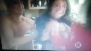 Verdades Secretas - Fanny e Giovanna Saem no Tapa