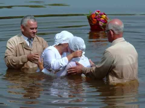 2010  Water Baptism in Kostopil Ukraine