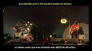 The White Stripes - The hardest button to button (inglés y español)