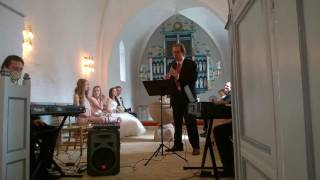 Awesome Melody at a Wedding