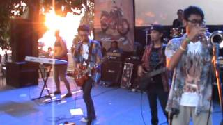 tipe x - salam rindu cover by SUNSHINE BAND jember