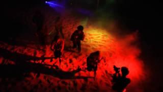Feierlich-t Partybeleuchtung Tanzvideo C2C ft. Derek Martin - Happy