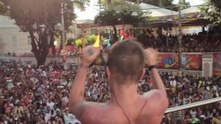 Banda Eva - Com amor - YouTube Carnaval 2011