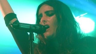 Banks - Goddess - LIVE PARIS 2014