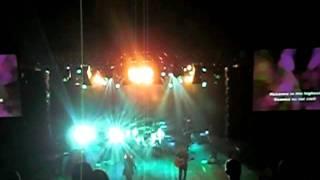 Hillsong Australia & Darlene - Hosanna [Live 2011]