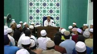 (Senyum) Hukum Muslimah BERZANJI & MARHABAN Depan LELAKI - Ustaz Azhar Idrus