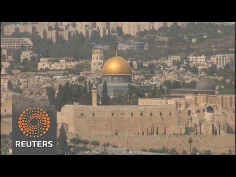 """Israel dismisses Paris Mideast summit as """"futile"""""""