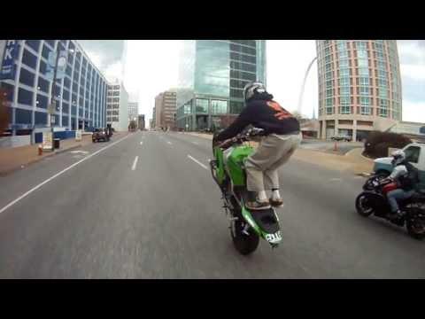 de-staat-make-way-for-the-passenger-lyric-video-destaatofficial