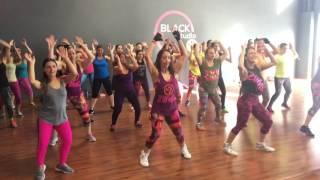 Mueve la Cintura ( El Chevo) Zin Jenny Saenz - Zumba Fitness - Coreografía Suyumi Quiroz