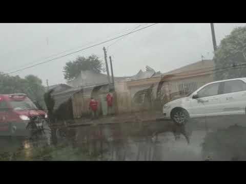 A chuva e vendaval em Goioerê destelhou o almoxarifado da Prefeitura Municipal - Cidade Portal