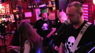 HotRock live at bagpipe 03 real wild child