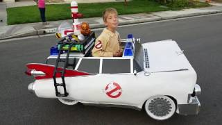 Kid Wins Halloween With Awesome Ghostbusters Costume
