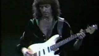 Deep Purple - Ritchie Blackmore Guitar Solo (Live)