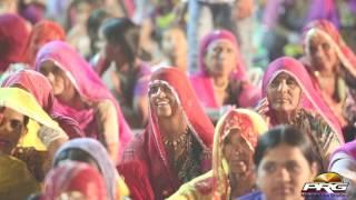 बारह लाख माथे है - Rajasthani Comedy VIDEO | Bagoriya Mata Live | PRG Full HD Video 2017