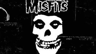 Misfits - 1000000 Years Bc (Lyrics)