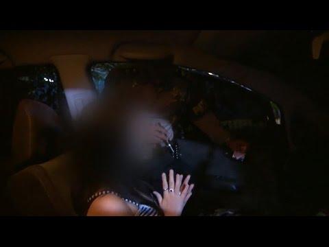Download Video 3 Pasangan Kekasih Ini Nekat Berbuat Mesum Di Mobil - 86