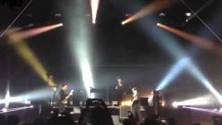 The XX- Intro (LIVE IN SINGPORE)