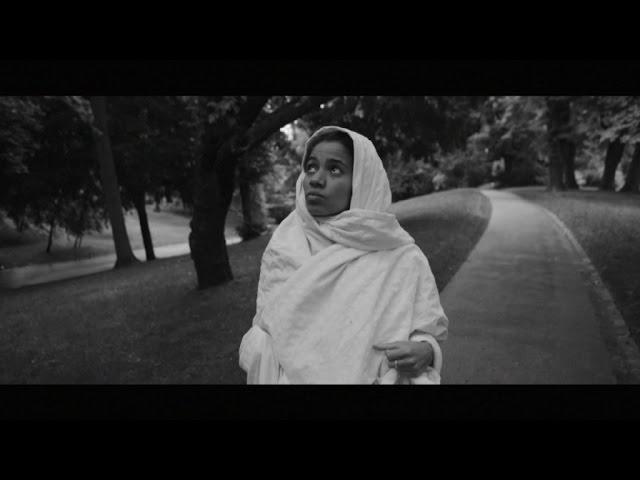 Videoclip oficial de la canción Nothing de Nneka