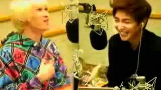 eunteuk DJ singing G.O.D's to my mother