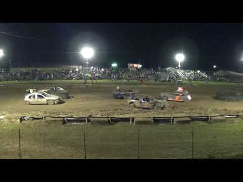 Farwell,Michigan Memorial Weekend 2018 Figure eight (FWD cars) Feature