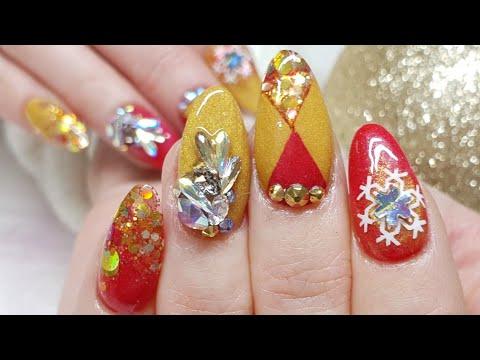 Red & Gold Christmas Nails - Geometric Design - Swarovski Crystal Cluster - Stamping