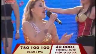 """Cantora FLOR """"A mulher portuguesa é a mais linda"""" Festa dos Lenços dos Namorados 2015 -Vila Verde"""