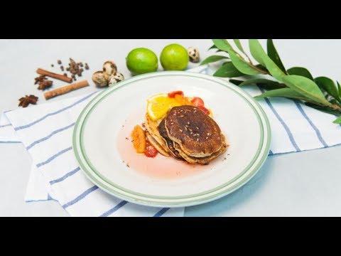 Панкейки с фруктово-ягодным соусом | Дежурный по кухне