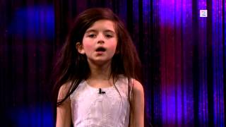 "Amazing seven year old sings Fly Me To The Moon (Angelina Jordan) on Senkveld ""The Late Show"""