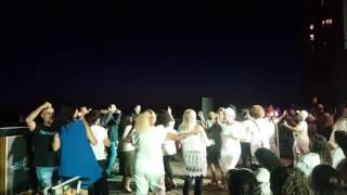אבי טובי - חפלה יוונית על גגות תל אביב