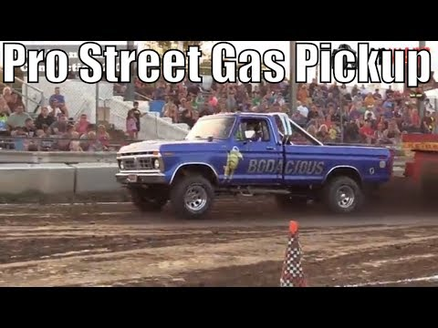 Pro Street Gas Pickup Class Truck Pulls From TTPA In Bay City Michigan 2018