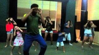 Clase de baile en Pestana Natal, Dança kuduro
