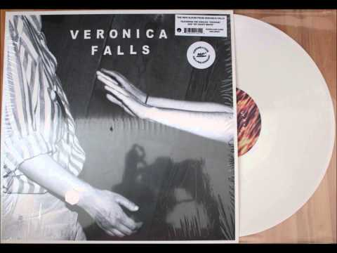 veronica-falls-everybodys-changing-2013-audio-tangkad99