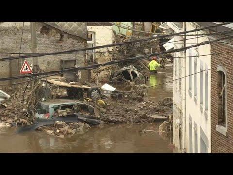 Ursula von der Leyen látni akarta az árvíz pusztítását