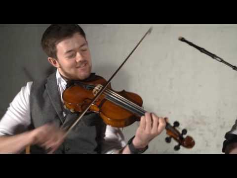Last Tango In Harris Ceilidh Trio - Available from AliveNetwork.com