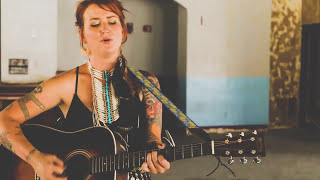 Madison King - Saved by a Son of a Gun (Live Acoustic Version in Deep Ellum)
