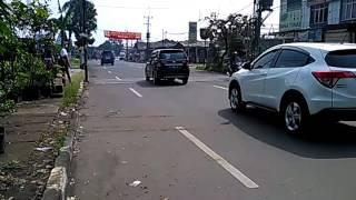 Jalan Karadenan ramaia lancar, Sabtu (22/4/2017)