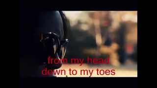 Kiss Me Alive -Lyric Video
