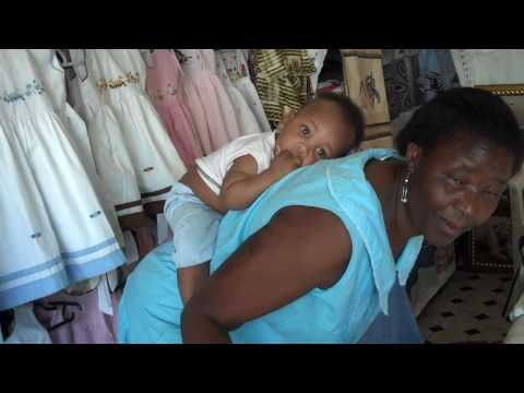 South African Lady Shares How to Securely Wrap Baby on Your Back