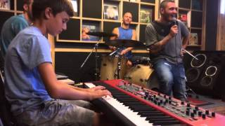 Golden boy  Romi  Barnea Live with Nadav guedj