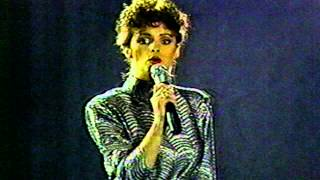 For Your Eyes Only - Sheena Easton (Solid Gold 1981)